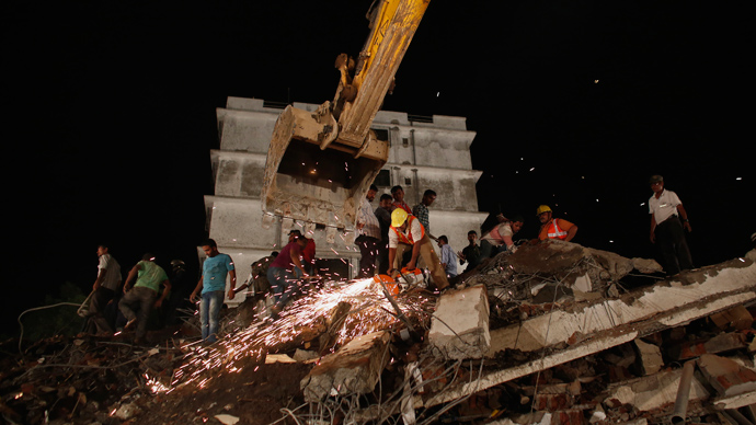 15 killed, dozens feared trapped as 2 buildings collapse in India (PHOTOS, VIDEO)