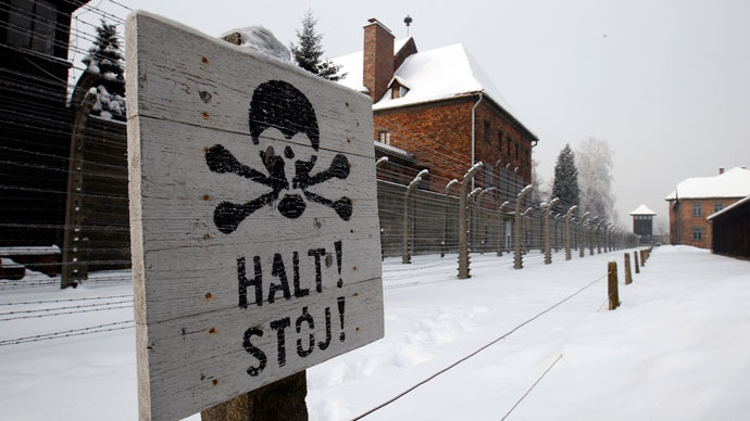 Germany 'tracks down 50 suspected Auschwitz guards'