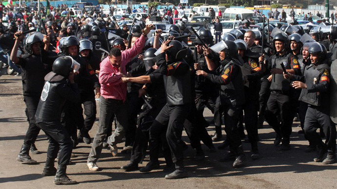 Egypt's army doctors 'operated without anesthetic' on wounded protesters - leaked report