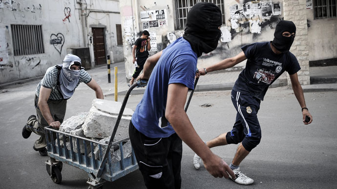 Foreign journalists deported as Bahrain engulfed by pre-F1 protests