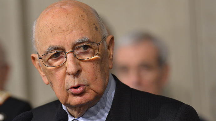 Italy's Napolitano re-elected for 2nd term after Bersani resigns over presidential crisis