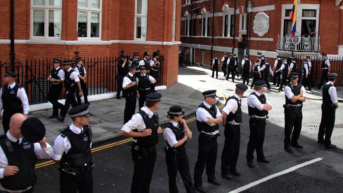 UK expenses on Ecuadorian embassy surveillance 'utterly absurd' – Assange