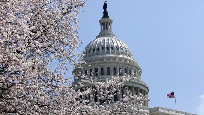 House opposes international regulation for the Web but favors US censorship