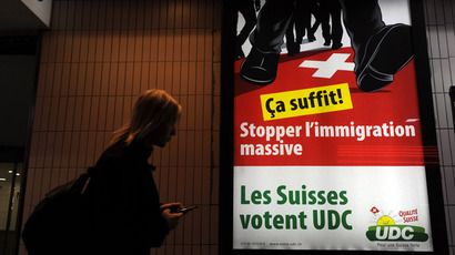 Switzerland votes a narrow 'yes' to cap EU immigration