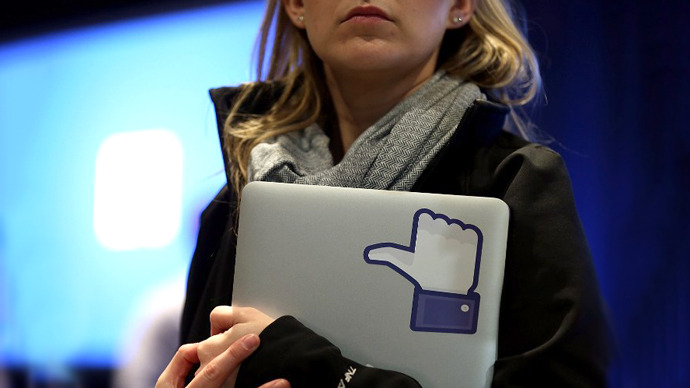 Facebook bleeding users despite revenue growth