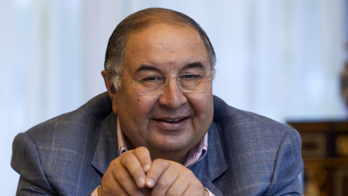 Russian billionaire switches to Apple from Facebook