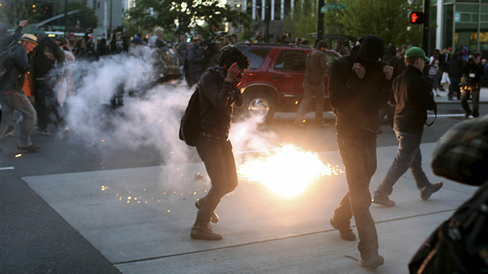 May Day mayhem in Seattle: Police mace and fire flash bang grenades at protesters (PHOTOS, VIDEO)