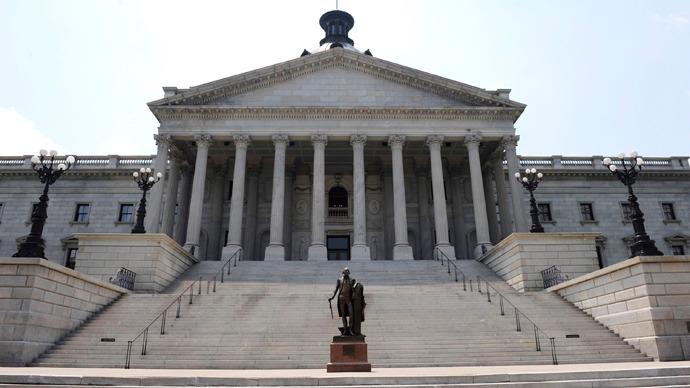 South Carolina bill criminalizes Obamacare