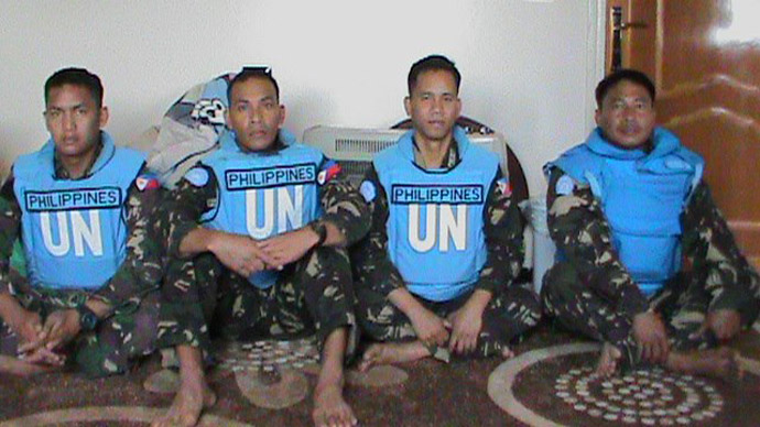 Abducted UN peacekeepers (photo from Yarmouk martyrs brigade's Facebook page)