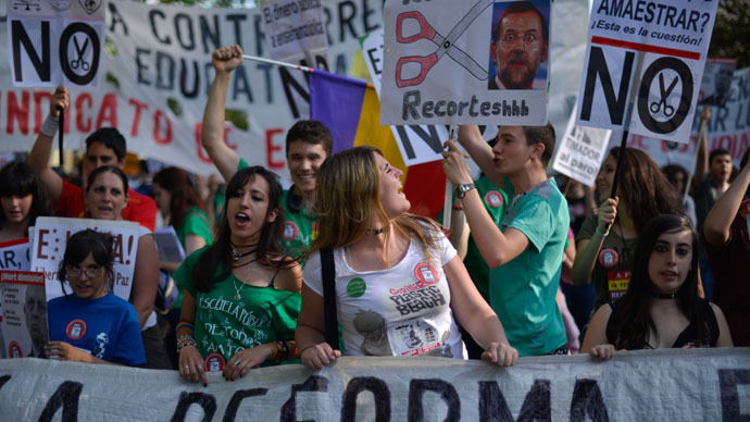 Spanish teachers, students mobilize in national anti-austerity protests (PHOTOS)