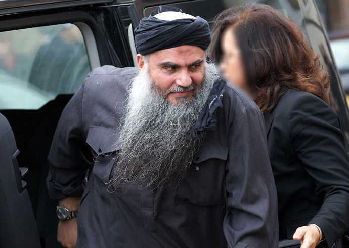 Terror suspect Abu Qatada arrives at his home in northwest London on November 13, 2012, after he was released from prison. (AFP Photo)
