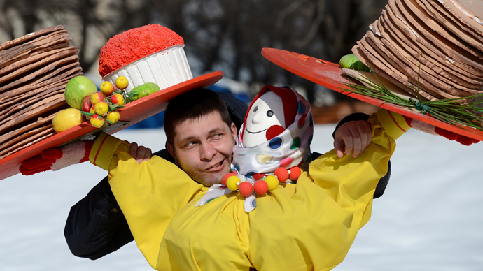 Russia calculates costs of the long holidays in 2013