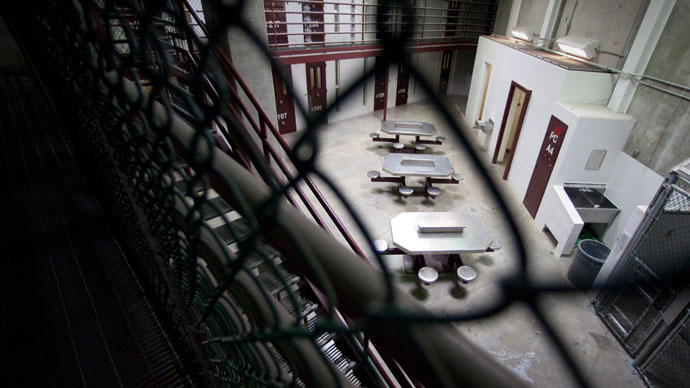The interior of an unoccupied communal cellblock is seen at Camp VI, a prison used to house detainees at the U.S. Naval Base at Guantanamo Bay.(Reuters / Bob Strong)