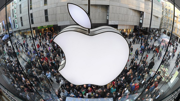Apple accused of $74bn US tax evasion