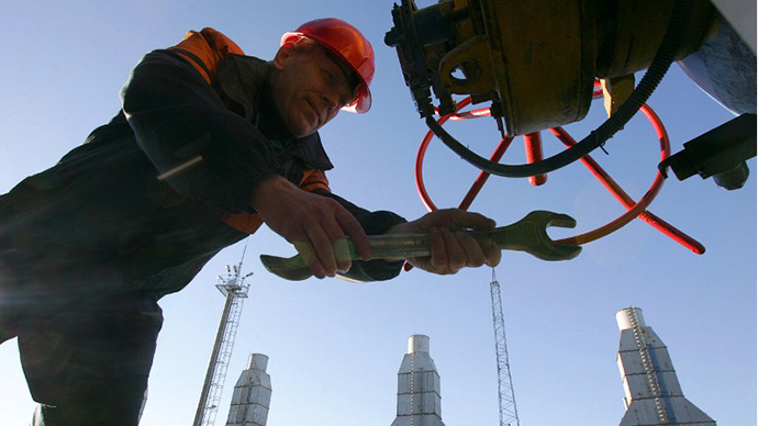 Gazprom squeezes Greece  for better terms as sole major bidder for DEPA