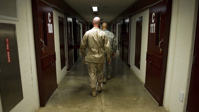 Obama mulls resuming Guantanamo prison transfers - reports