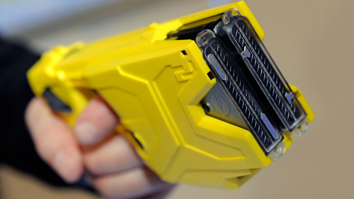 Taser.(AFP Photo / Ethan Miller)