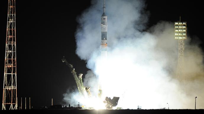Soyuz spacecraft lands successfully, crew safe (PHOTOS)