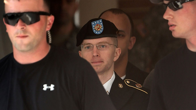 Day one of Manning trial focuses on intent of WikiLeaks source