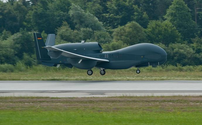 Euro Hawk plane (AFP Photo / Armin Weigel Germany Out)