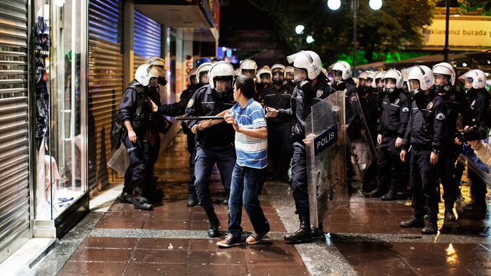 Turkish police oust Taksim protesters with tear gas as Erdogan cheers removal of 'rags'