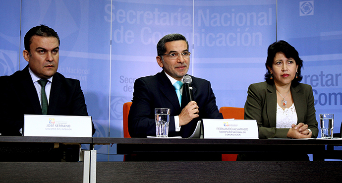 Ecuadorean Ministers (L to R) of Security, Jose Serrano; of Communications, Fernando Alvarado and of Politics, Betty Tola, during a press conference at the Communication Ministry in Quito, on June 27, 2013. (AFP Photo / Luis Astudillo)