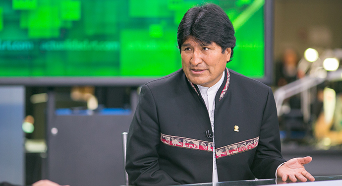 Bolivian president Evo Morales visiting RT Spanish TV channel (RT photo / Semyon Khorunzhy)