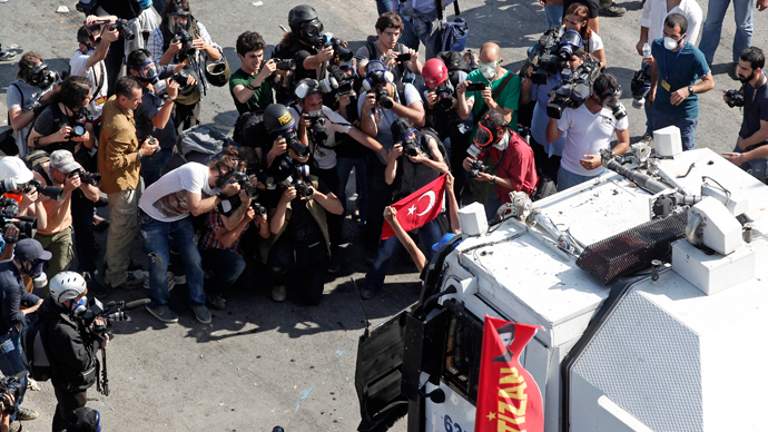 Turkey announces plans 'for gas' and cyber security in face of Gezi protests
