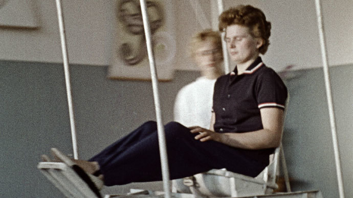 Valentina Tereshkova in vestibular apparatus training.(RIA Novosti)