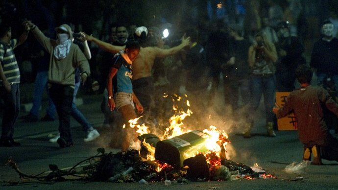 Massive clashes as Brazilians protest over World Cup spending