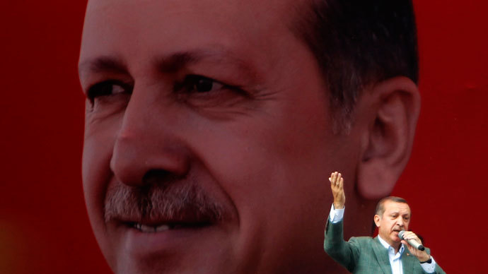 Turkey's Prime Minister Tayyip Erdogan speaks during a rally in Sincan June 15, 2013.(Reuters / Dado Ruvic)