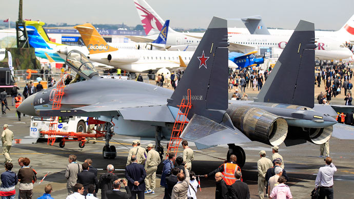 A Sukhoi Su-35 fighter is taxied for a flying display, during the opening of the 50th Paris Air Show, at the Le Bourget airport near Paris, June 17, 2013.(Reuters / Pascal Rossignol)