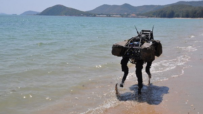 BigDog robot (Image from bostondynamics.com)