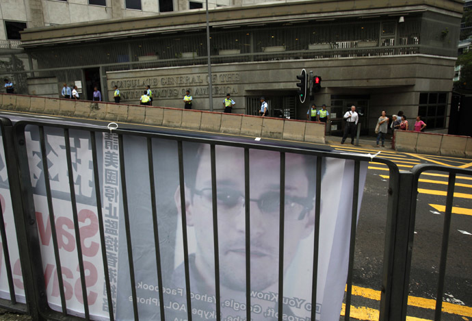A poster supporting Edward Snowden is displayed opposite the U.S. Consulate in Hong Kong June 17, 2013. (Reuters / Bobby Yip)
