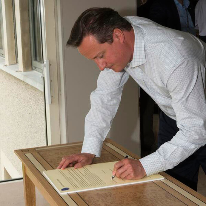 Prime Minister David Cameron is the first to sign the Long Erne Declaration. Photo from twitter.com user @Number10gov