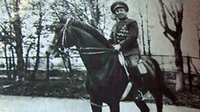 Maslov often posed with horses for various memoirs of his exploits (from personal archive)
