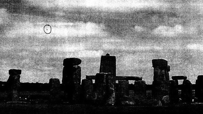 I Want to Believe: UFOs over Stonehenge, Parliament in UK's last 'X-files' release