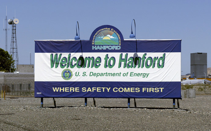A sign is seen as you enter the world's largest environmental cleanup project at the Hanford Nuclear Reservation 30 June, 2005 near Richland, Washington. (Jeff T. Green/Getty Images/AFP)
