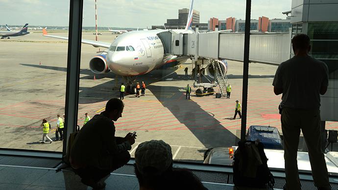 Snowden's plane lands in Havana, NSA leaker not seen aboard