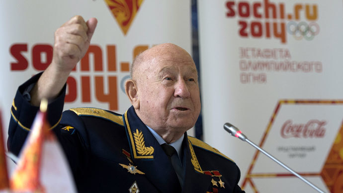 Aleksey Leonov, pilot-cosmonaut, twice hero of the Soviet Union, during a news conference on signing an agreement between Sochi 2014 Organizing Committee and the Federal Space Agency (Roscosmos) at the Gagarin Cosmonaut Training Center in the Moscow Region.(RIA Novosti / Alexander Vilf)