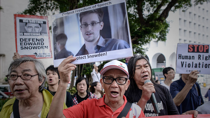 Snowden's father: My son may return to US, being manipulated by WikiLeaks