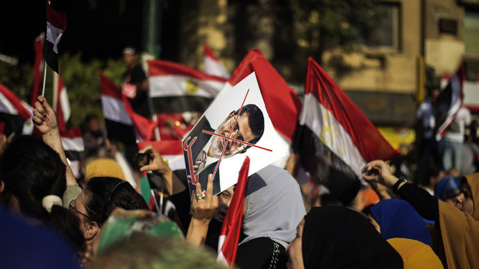 Egypt's army to suspend constitution, parliament if no deal reached - sources
