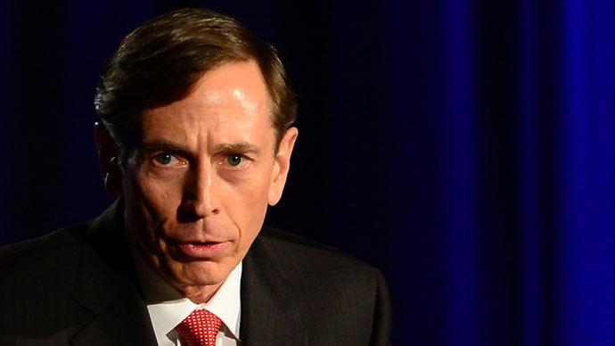 Disgraced general Petraeus to earn $150K teaching at New York public college