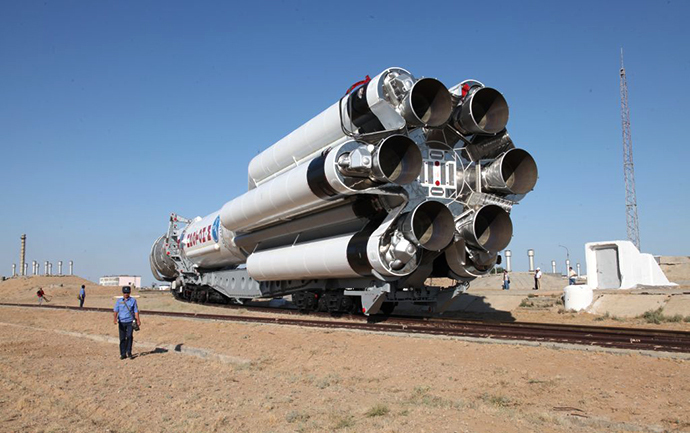 The Proton-M booster rocket with a DM-03 (RIA Novosti / Roskosmos Press Service)