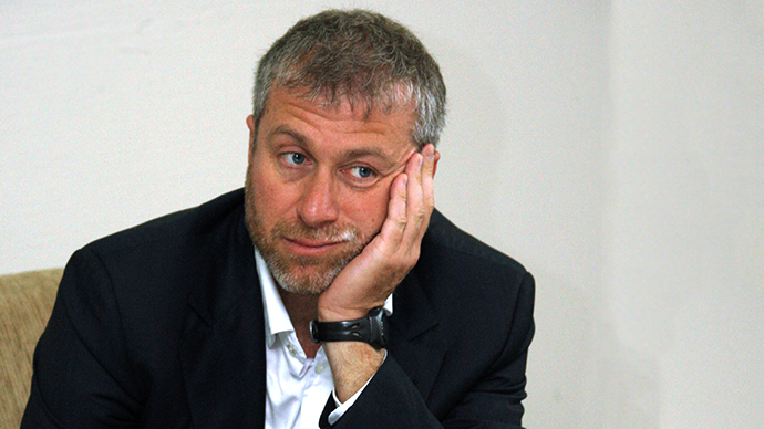 Abramovich quits politics over foreign assets law