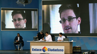 Venezuela ready to help Snowden, but final decision with people - Maduro to RT