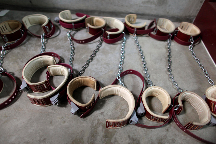 Leg shackles are seen on the floor at Camp 6 detention center, at the U.S. Naval Base, in Guantanamo Bay, Cuba (Reuters / Brennan Linsley / Pool)