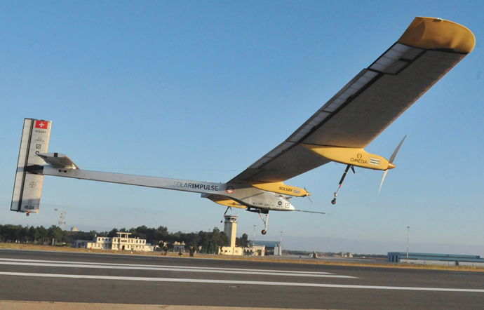 Swiss-made Solar-powered aircraft the Solar Impulse piloted by Bertrand Piccard of Switzerland takes off from Rabat on June 21, 2012 for a voyage across the Moroccan desert to Ouarzazate (AFP Photo / Abdelhak Senna)