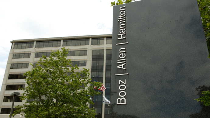Air Force clears Booz Allen of wrongdoing in Snowden case