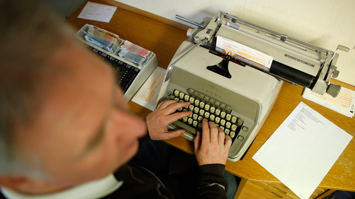 Kremlin's order of old-fashioned typewriters sparks media frenzy